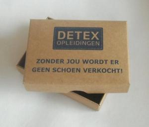 doos met los deksel van kraft karton Detex opleidingen