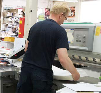 snijmachine, hoe worden doosjes gemaakt, doosje maken, doosje laten maken