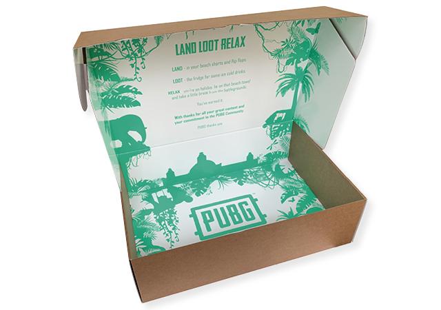 stevige doos van golfkarton bedrukt aan binnenzijde in full color met vaste klep 400x270x120 mm fefco 0427